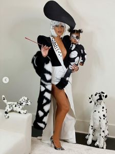 Best Celebrity Mother-Daughter Halloween Costumes 2019: Khloe Kardashian and True Thompson