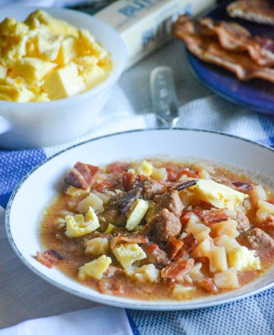 Slow-cooker breakfast soup