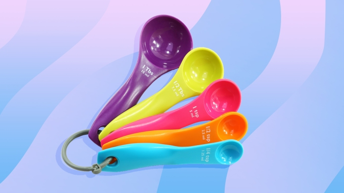 multi-color measuring spoons