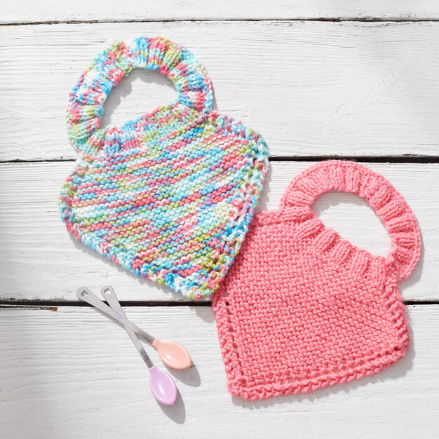Trendy Bibs For Babies With Impeccable Style: Pantone Color of The Year Knit