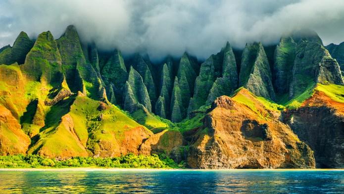 Na Pali coast, Kauai, Hawaii view