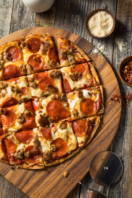 Sausage and pepperoni pizza toppings