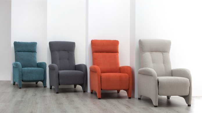 Reclining chairs: colorful recliners