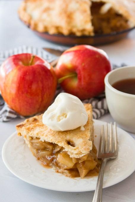 Classic Vegan Apple Pie