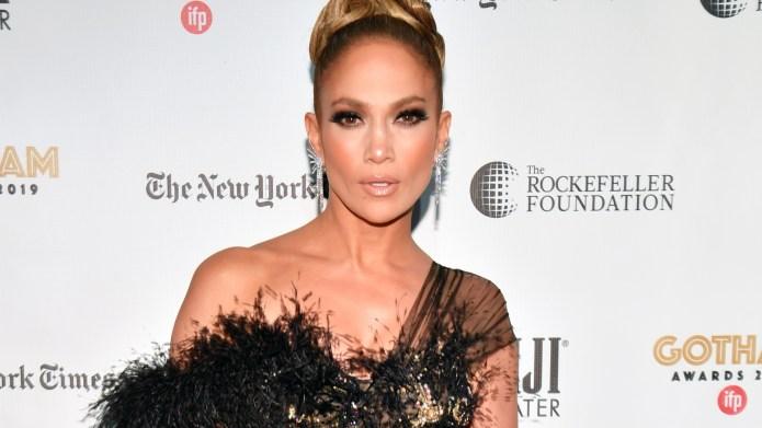 Jennifer Lopez SNL Host
