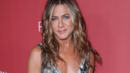 Jennifer Aniston dog Dolly