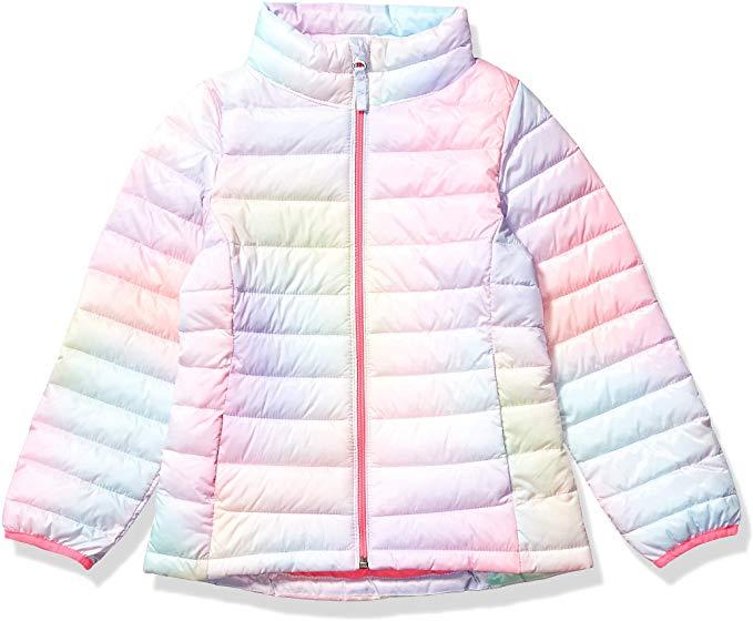 """amazon-girls-puffer-jacket """"width ="""" 679 """"height ="""" 560 """"srcset ="""" https://www.sheknows.com/wp-content/uploads/2019/12/amazon-girls-puffer-jacket.jpg 679w, https://www.sheknows.com/wp-content/uploads/2019/12/amazon-girls-puffer-jacket.jpg?resize=300,247 300w """"tailles ="""" (largeur maximale: 679px) 100vw, 679px """"/></p> <h3>Moon and Back de Hanna Andersson, un pyjama sans pieds</h3> <p>Ce body polyvalent est fabriqué à partir de <a title="""
