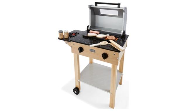 Wooden BBQ Set.