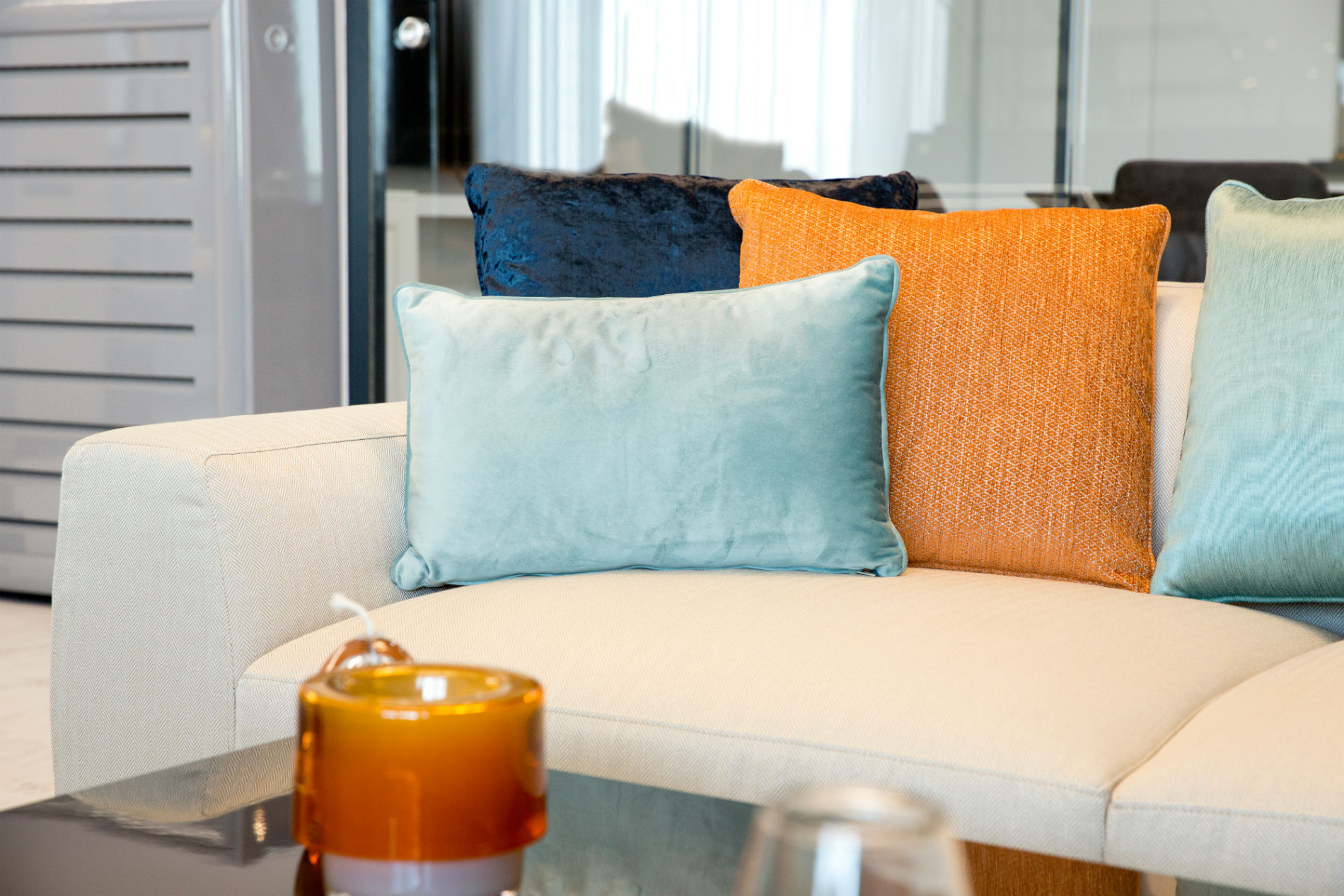The Best Throw Pillows To On