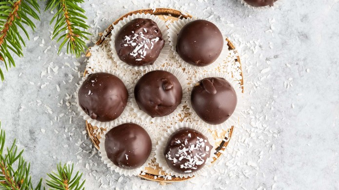 Winter dessert, healthy sugarfree peanut butter
