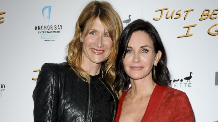 Laura Dern & Courteney Cox.