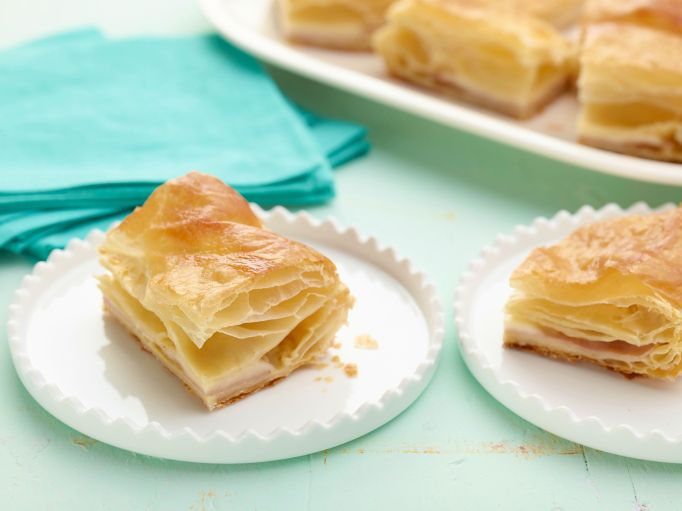 Ham & cheese in puff pastry