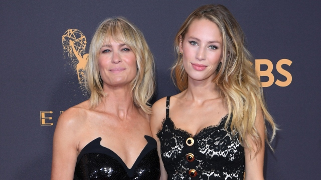 Robin Wright and Dylan Penn.