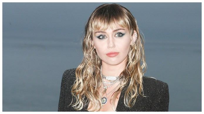 Miley Cyrus Sad Christmas Song