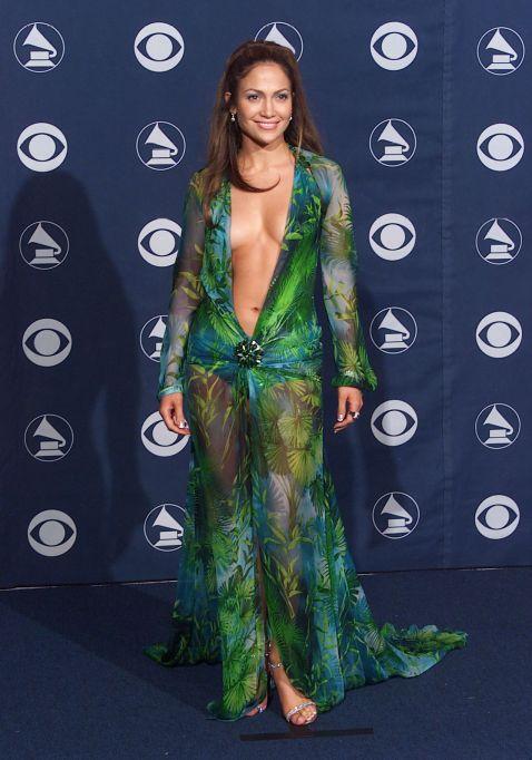 Jennifer Lopez 2000 Grammys red carpet