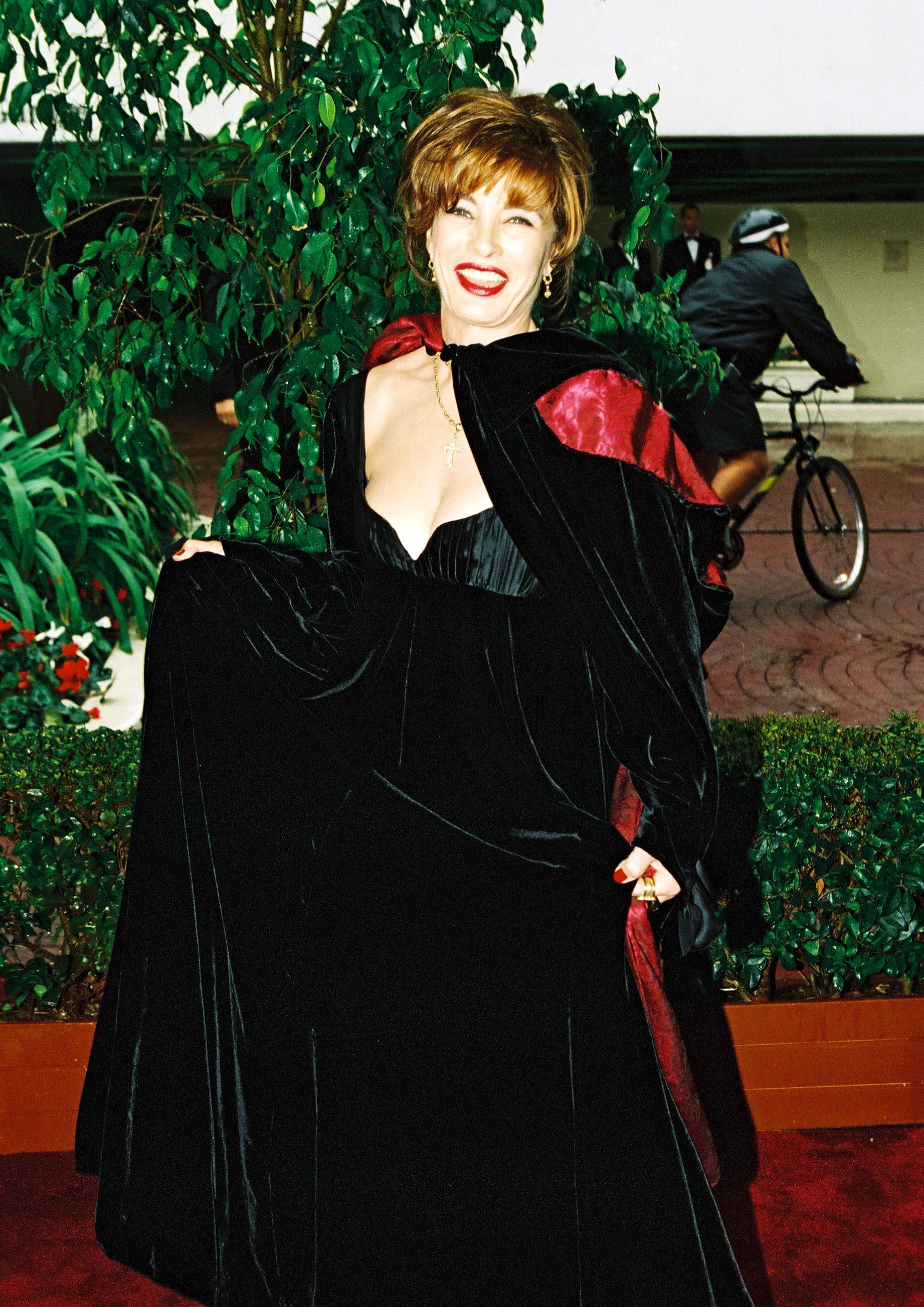Anne ArcherArrivals at the 53rd Annual Golden Globes - 21 Jan 1996 January 21, 1996 Beverly Hills, CA Anne Archer Red Carpet Arrivals at the 1996 Golden Globe Awards held at the Beverly Hilton. Photo by Berliner Studio ® BEImages