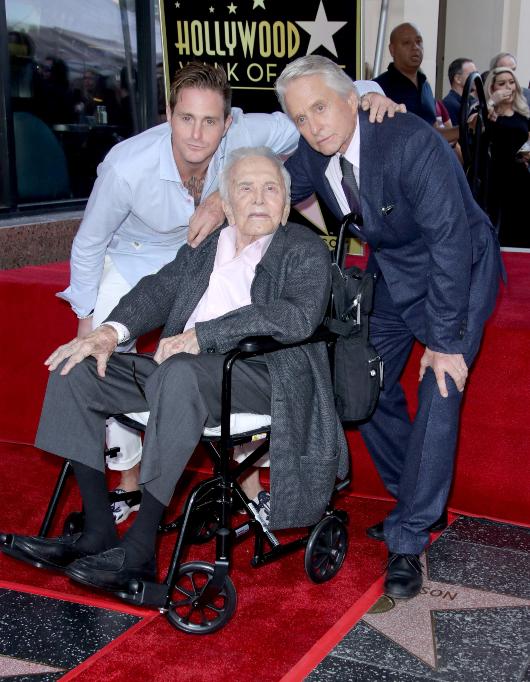 Cameron Douglas, Kirk Douglas and Michael Douglas on Hollywood Walk of Fame, Los Angeles, USA - 06 Nov 2018
