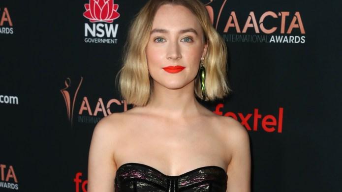 Saoirse Ronan Accepts AACTA Award, Says