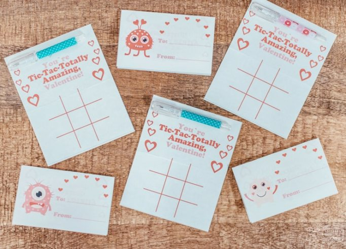 Class Valentine's Day Gifts Tic-Tac-Toe