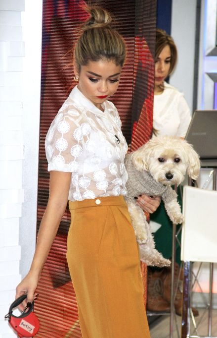 Sarah Hyland with her Puppy Barkley