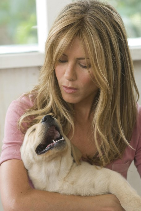 Jennifer Aniston Hugging Puppy Marley in 'Marley & Me'
