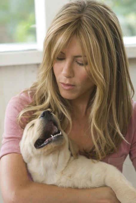 Jennifer Aniston Hugging Puppy Marley in 'Marley & Me'