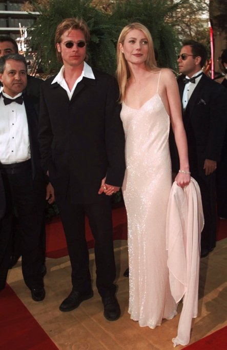 PITT PALTROW Actress Gwyneth Paltrow and actor Brad Pitt arrive at the Academy Awards in Los AngelesOSCARS, LOS ANGELES, USA