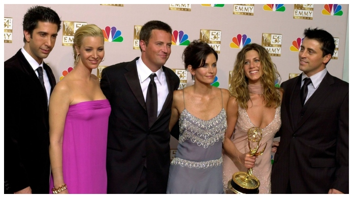 'Friends' Stars Welcome Matthew Perry to