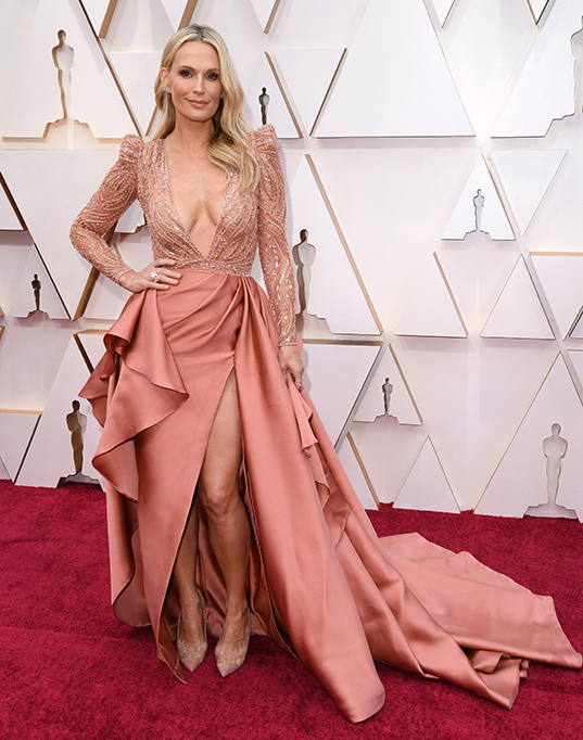 Molly Sims 92nd Annual Academy Awards, Arrivals, Fashion Highlights, Los Angeles, USA - 09 Feb 2020 Wearing Zuhair Murad Same Outfit as catwalk model *10532162aq