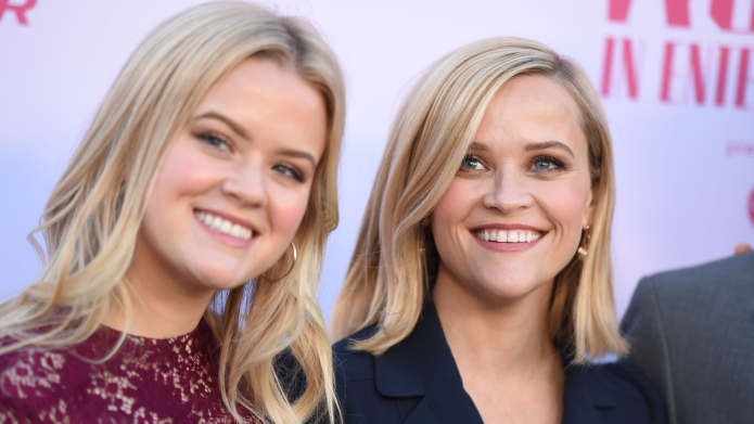 Reese Witherspoon's Selfie With Daughter Ava