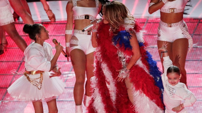 Jennifer Lopez's Backstage Moment With Daughter