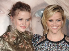 Reese Witherspoon's Lookalike Daughter Ava Phillipe Shares Photo With Mom-Approved Beau