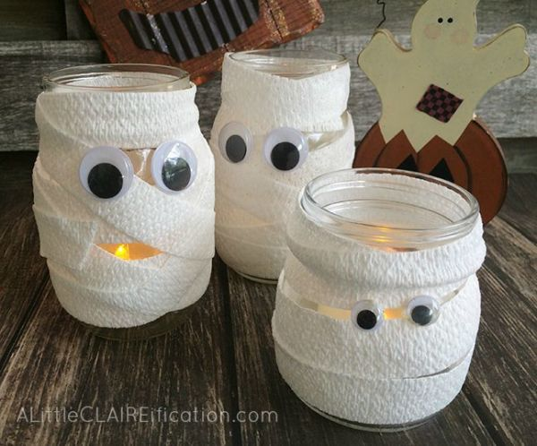9 Halloween Crafts That Are Super Cute Without Being Cheesy: Mummy Mason Jar Luminaries