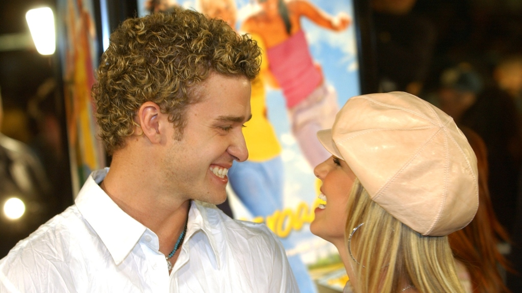 Justin Timberlake apologises to Britney Spears after