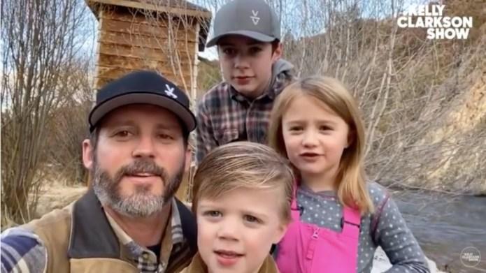 Kelly Clarkson family birthday wish