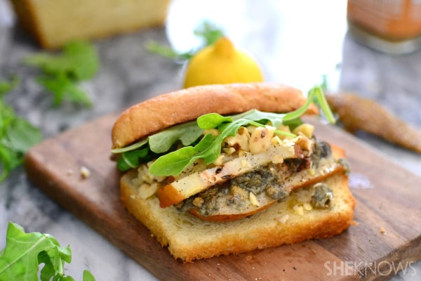 Roasted pear, blue cheese & candied walnut sandwich