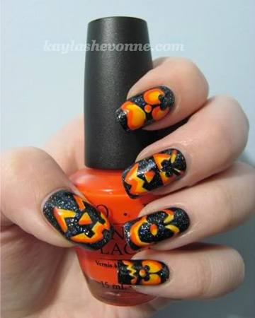 Jack-O-Lantern nail design