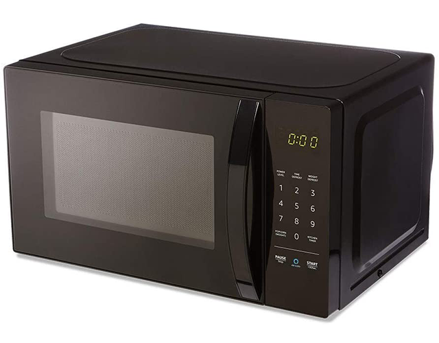 Amazon Basics Best Countertop Microwave Oven on Amazon