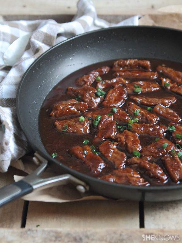 Sweet & sticky mongolian beef in 30 minutes