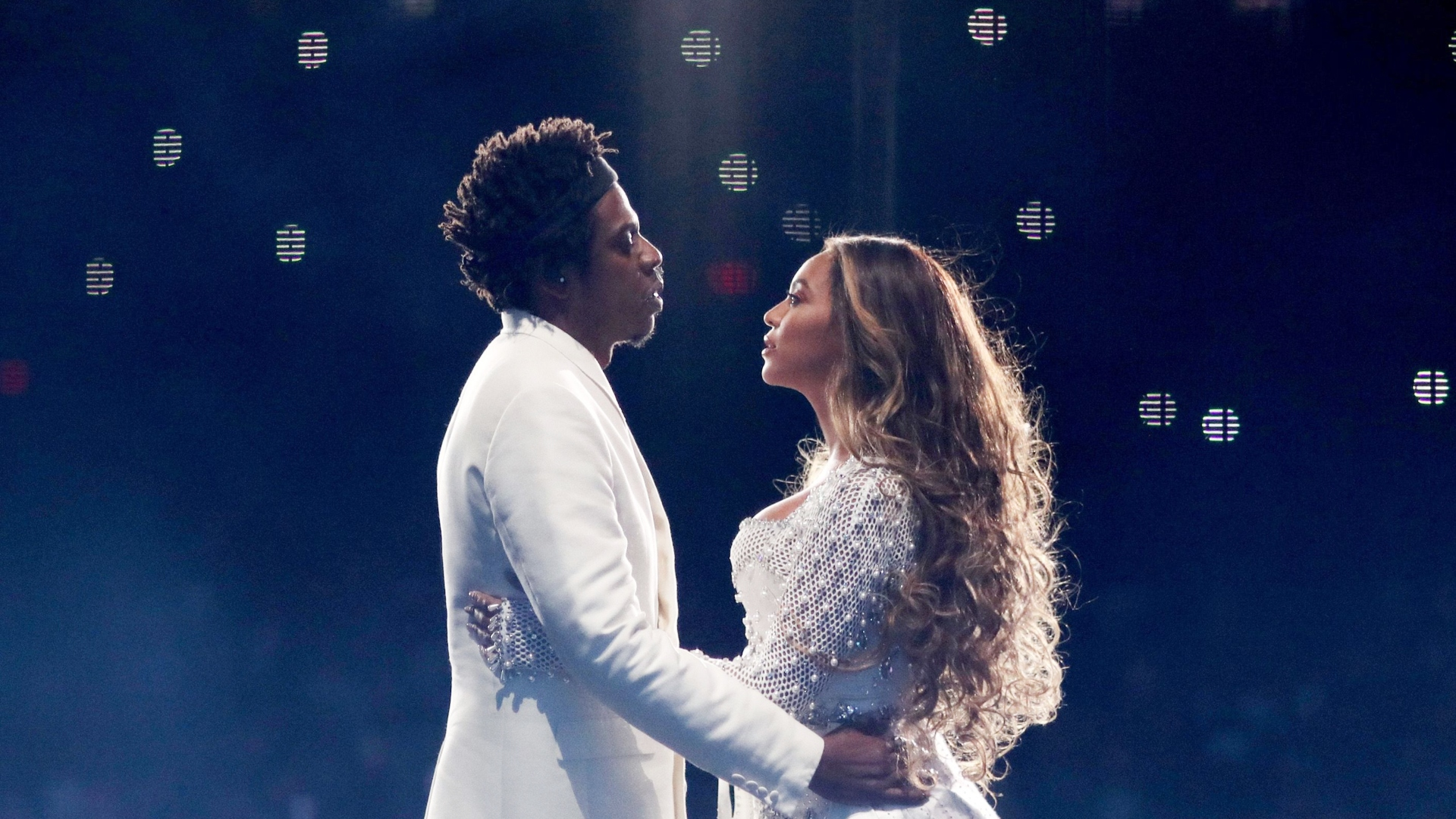 Beyonce Jay Z Celebrate The Couple S Wedding Anniversary In Photos Sheknows