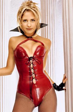 Sarah Michelle Gellar as Buffy in a corset