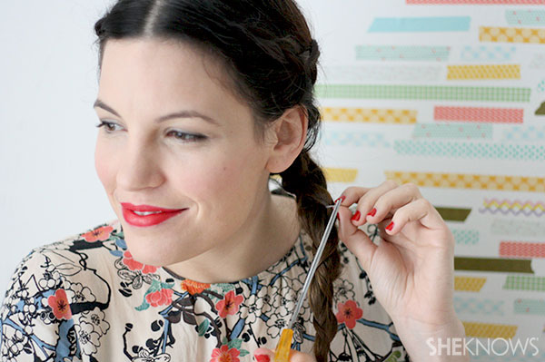 Loop braid tutorial Step 6 cut hairband off