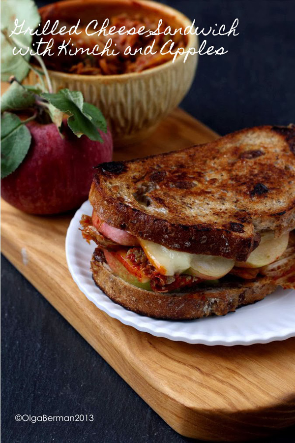 Grilled cheese sandwich with kimchi and apples