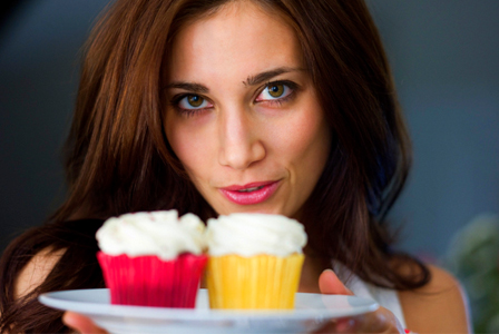 Kristin Schoels with cupcakes