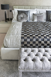 Winter decor guide: Bedroom