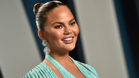 Chrissy Teigen & Luna Legend Share