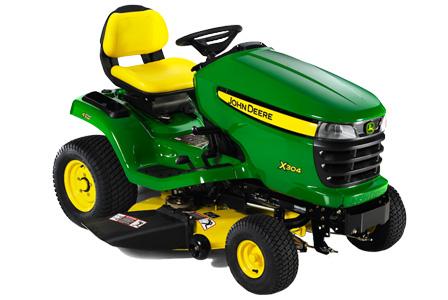 John Deere X304 Lawn Tractor