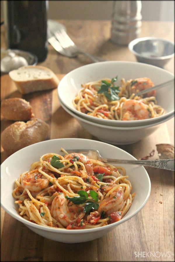 Simple spicy shrimp pasta