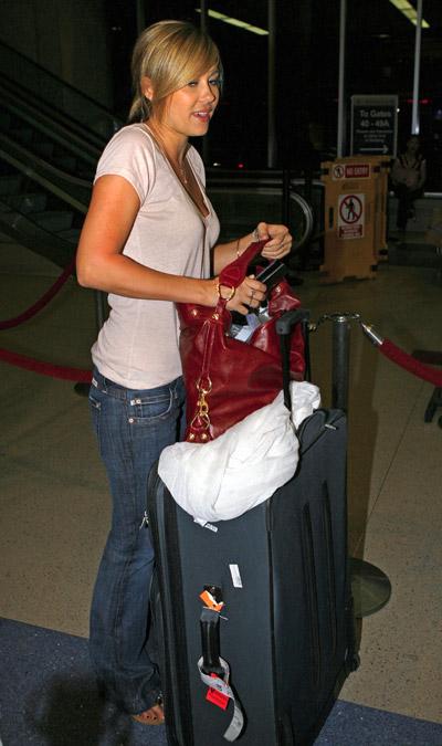 at the airport - Lauren Conrad