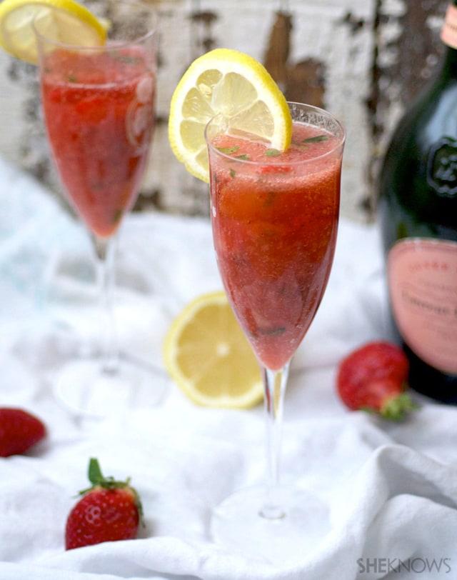 Strawberry mojito sparkler
